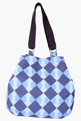 PICK POCKETWomens Snap Closure Shoulder Bag