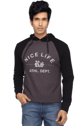Mens Long Sleeves Hooded Sweat Shirt