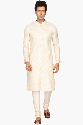 Mens Cotton Embroidered Kurta Set