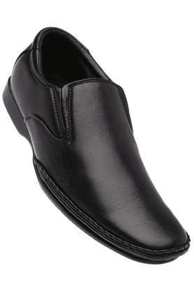 FRANCO LEONEMens Black Leather Formal Slipon Shoes