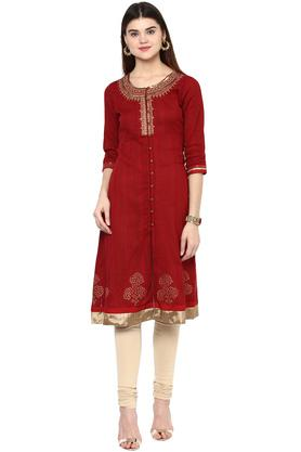 RANGRITI Womens Round Neck Embroidered Solid Kurta