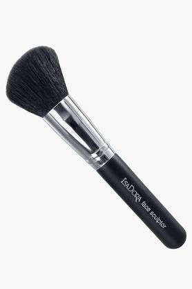 ISADORA Face Sculpting Brush