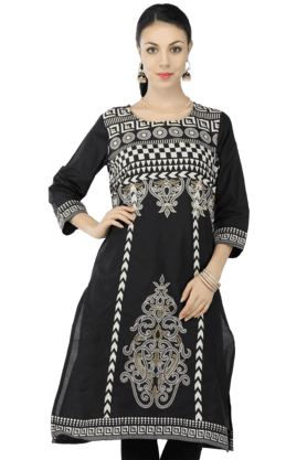 KASHISH Women Cotton Printed Kurta - 200369381