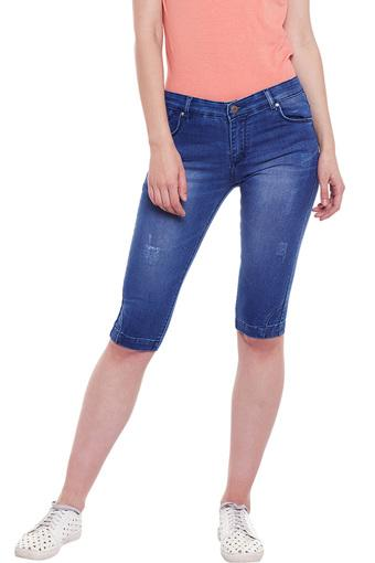 Womens Skinny Fit Distressed Capris