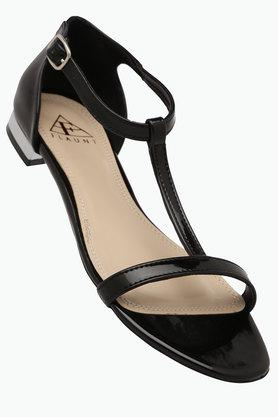 FEMINA FLAUNTWomens Daily Wear Ankle Buckle Closure Flat Sandal