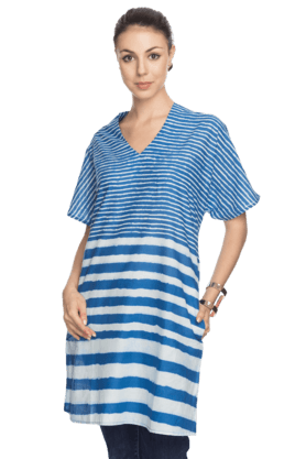 BIBA Womens Striped Kurta