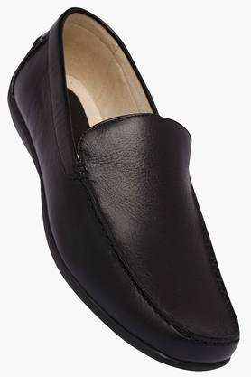 WOODLANDMens Leather Slipon Loafers