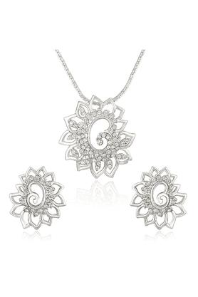 MAHIMahi Rhodium Plated White Shimmering Dahlia Flower Pendant Set Made With Swarovski Elements For Women NL1104126RWhi