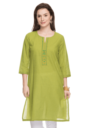 STOP Womens Embroidered Kurta