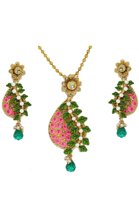 ZAVERI PEARLS Matte Finish Hand Painted Phool Baati Pendant Jewel Set - ZPFK2587