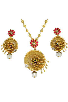 ZAVERI PEARLS Mate Finish Alluring Pendant Jewel Set - ZPFK2574