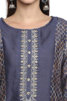 Womens Round Neck Printed Zari Embroidered Kurta