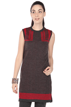 HAUTE CURRY Women Printed Sleeveless Kurti