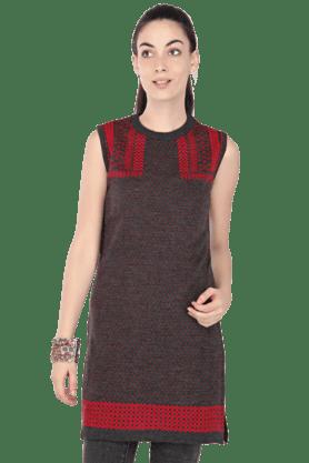 HAUTE CURRYWomen Printed Sleeveless Kurti