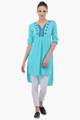 JUNIPER Women Embroidered Kurta - 202128709