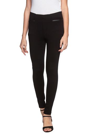MADAME -  BlackJeans & Jeggings - Main
