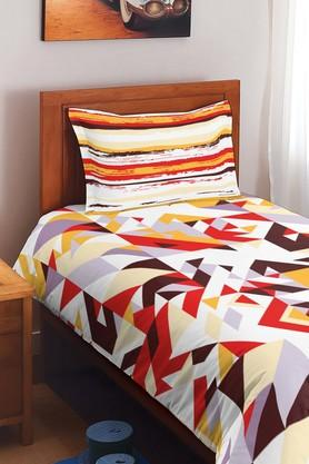 SPACES Cotton Geometric Single Bedsheet With Pillow Cover