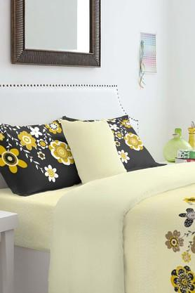 SPACES Cotton Floral King Bedsheet With Pillow Cover - 201613142