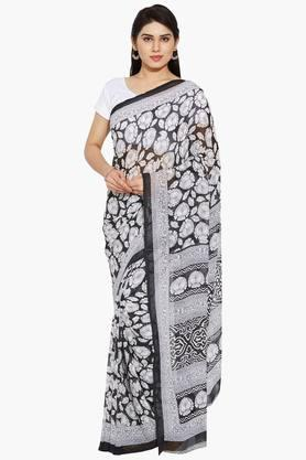 Women Floral Printed Georgette Saree With Paisley Printed Border