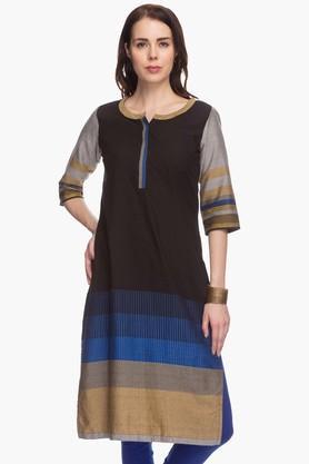 BIBAWomens Printed Regular Fit Kurta (Plus Size)