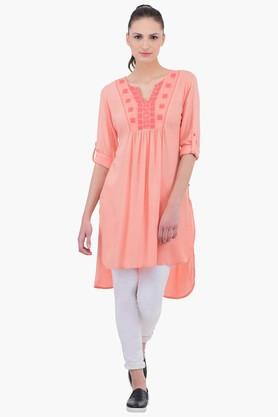 JUNIPER Women Embroidered Kurta