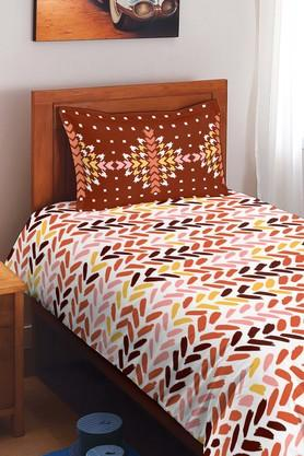 SPACESCotton Printed Single Bedsheet With Pillow Cover - 201613160