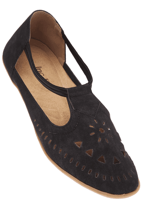 INC.5 Womens Black Toned Closed Shoe